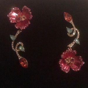 Betsey Johnson Flower Mismatch Drop Earrings 🎁💝